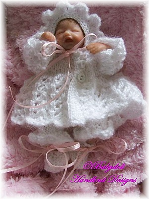Lacy Matinee Set 4-7 inch doll