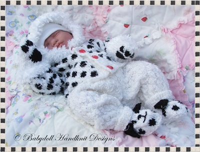 Spotty Dog Suit 18-22 inch doll/0-3m baby