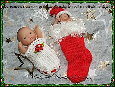 FREE Christmas Stocking Cocoon & shoe 4-5 inch doll