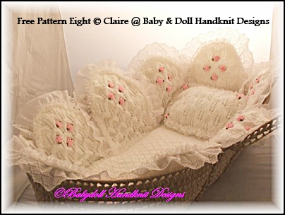 FREE Petal quilt Liner for full sized moses basket