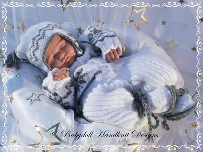Snowflake Motif Outfit 16-22 inch doll/0-3m baby
