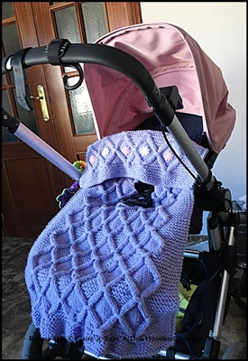 Cosy Cabled Car Set, Pushchair and Pram Blankets