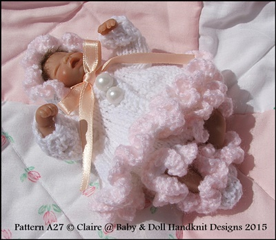 Frilled Matinee Set 4-8 inch dolls
