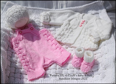 Checkmate Dungaree set 16-22 inch dolls/newborn/0-3m baby