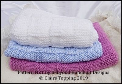 Simple plaid weave blanket in two sizes and car seat blanket