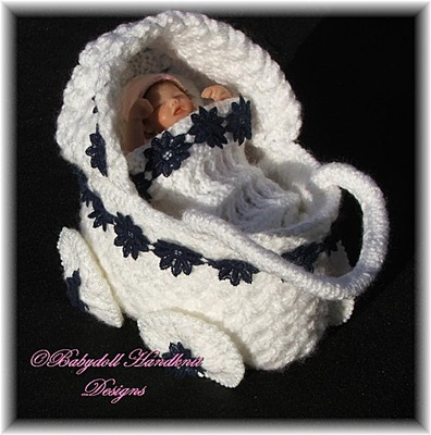 Tiny decorative pram for 3-4 inch dolls/new baby gift-pram, blanket pillow