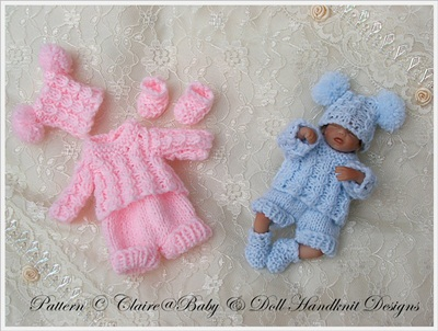 Shorts & Sweater Set 4-7 inch doll
